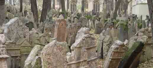 Prague_Jewish_Cemetery