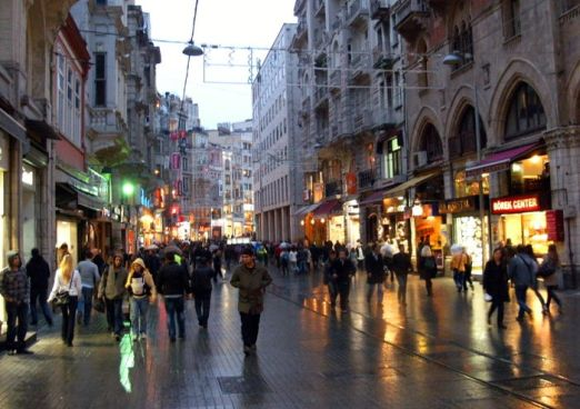 Istiklal_Street