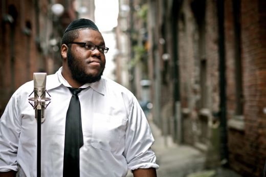 D. Black. Amerikaans-Joodse rapper