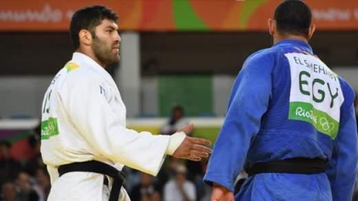 Judoka uit Egypte weigert hand te schudden van Israëlische tegenstander