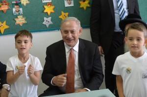 Netanyahu bezoek Arabisch-Israëlische -school
