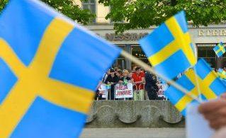 SD-sympatisörer på Norrmalmstorg inför EU-valet 2014