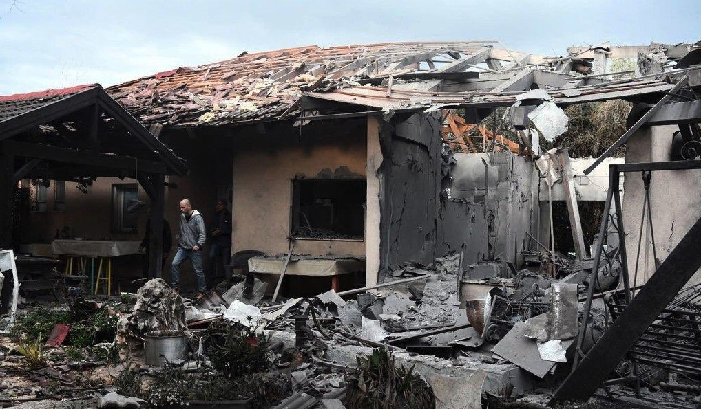 Foto raketaanval huis israel